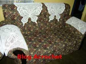 Estos son unas cabeceras y cubrebrazos para sillones.  Muy lindas.